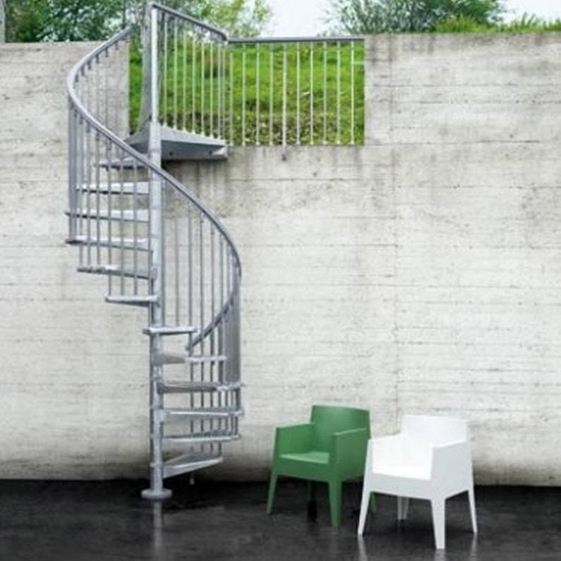 escalier colima on rond steel zink acier galvanis leroy. Black Bedroom Furniture Sets. Home Design Ideas