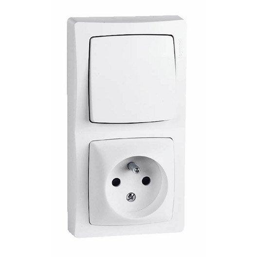 interrupteur et prise en saillie au meilleur prix leroy. Black Bedroom Furniture Sets. Home Design Ideas
