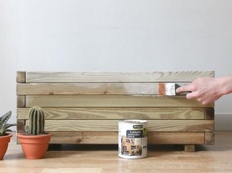 diy fabriquer un coffre de rangement en bois leroy merlin. Black Bedroom Furniture Sets. Home Design Ideas