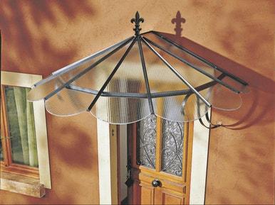 comment choisir une marquise ou un auvent pour sa porte d entr e leroy merlin. Black Bedroom Furniture Sets. Home Design Ideas