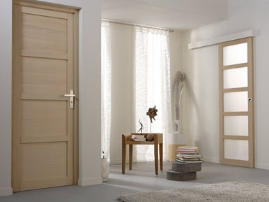 Comment lasurer une porte int rieure en bois leroy merlin - Comment peindre une porte ...