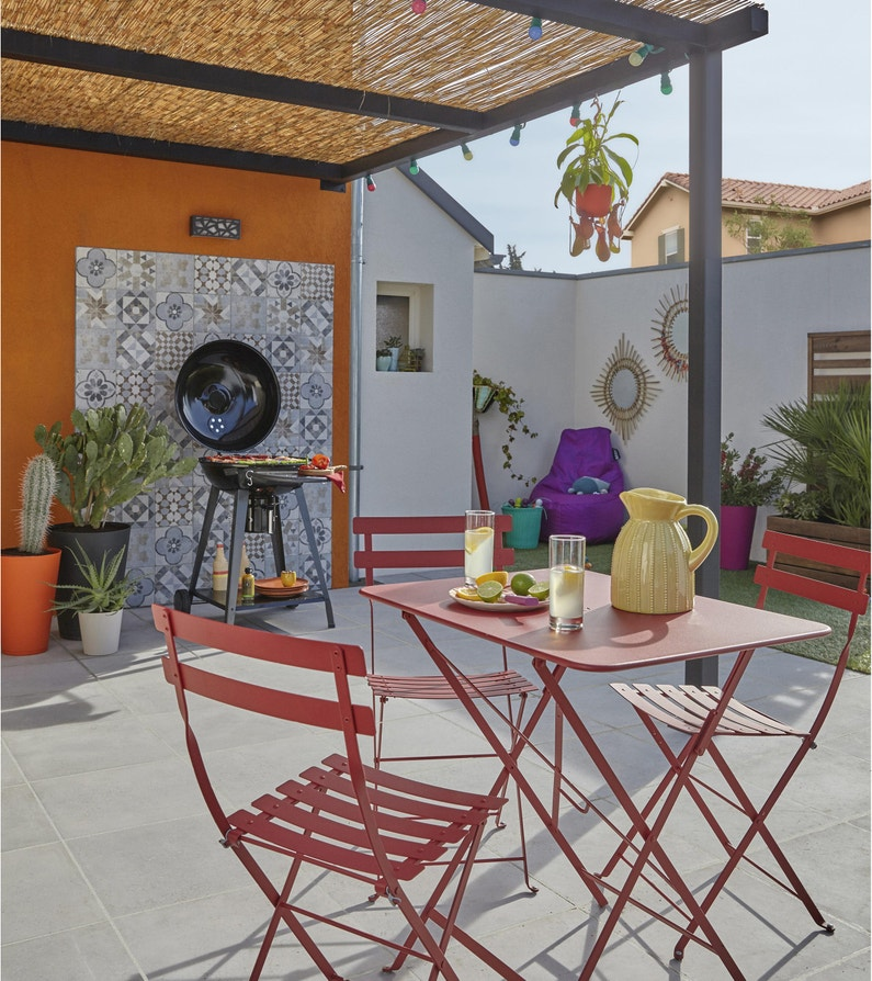 Table de jardin de repas FERMOB Bistro rectangulaire piment 2 personnes