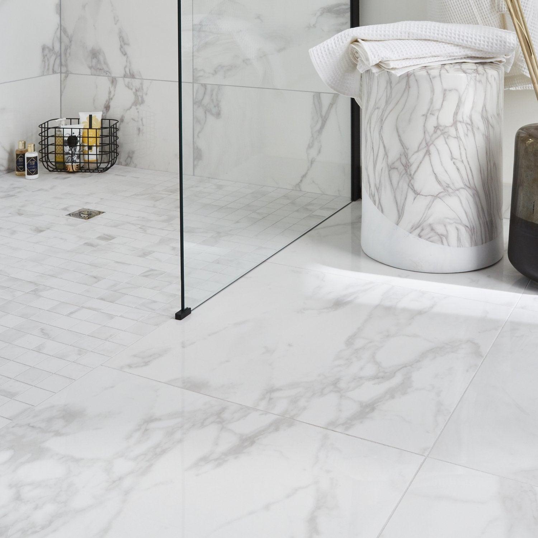 Ambiance marbre blanc dans la salle de bains  Leroy Merlin