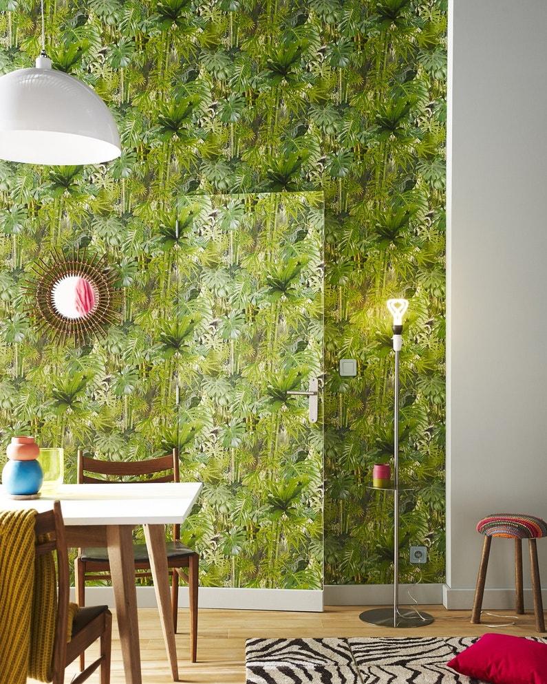 une porte qui se fond dans le d cor gr ce au papier peint leroy merlin. Black Bedroom Furniture Sets. Home Design Ideas