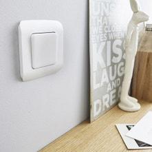 Interrupteurs et prises LEXMAN,série Cosy blanc / beige / naturels