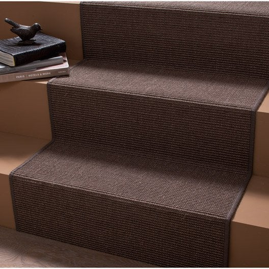 tapis de couloir et d 39 escalier leroy merlin. Black Bedroom Furniture Sets. Home Design Ideas