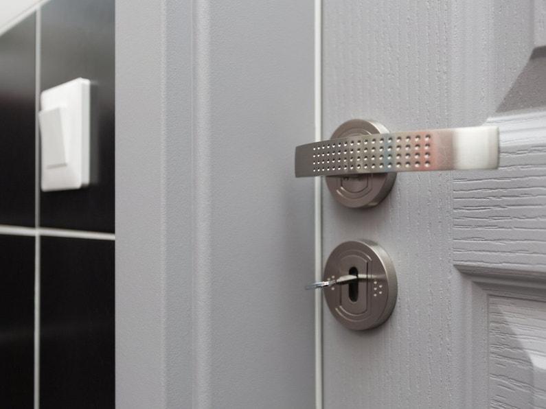les poign es de porte de jonathan macheren leroy merlin. Black Bedroom Furniture Sets. Home Design Ideas