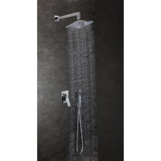 Comment réaliser une douche encastrée ?