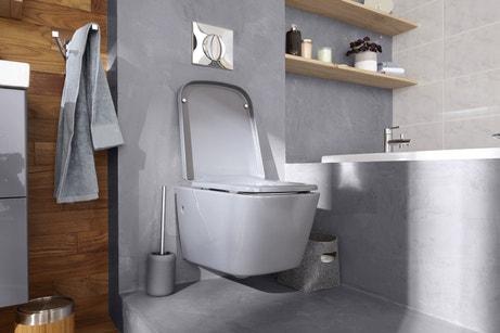 Un WC suspendu dans les tons gris pour une salle de bains chic