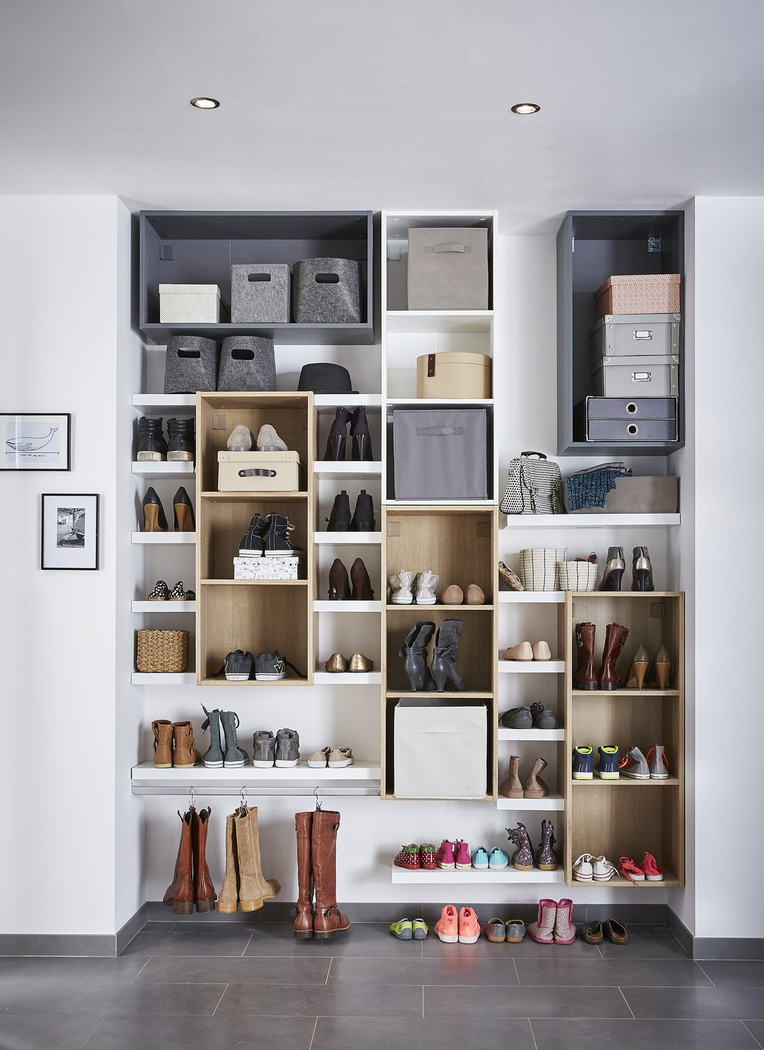 un mur de rangement chaussures leroy merlin. Black Bedroom Furniture Sets. Home Design Ideas