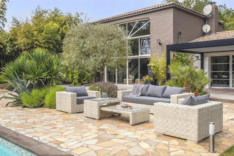 Salon bas de jardin Tosca résine tressée blanc, 6 personnes | Leroy ...
