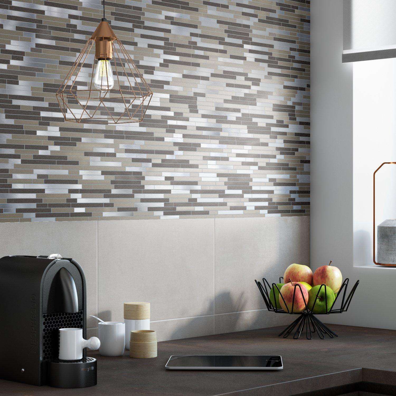 d corer le mur de la cuisine avec de la fa ence effet. Black Bedroom Furniture Sets. Home Design Ideas