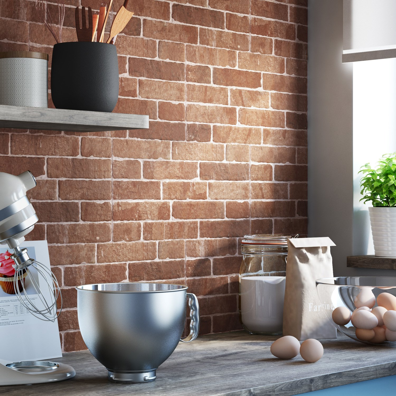 Une cr dence en imitation brique leroy merlin - Carrelage mural rouge pour cuisine ...