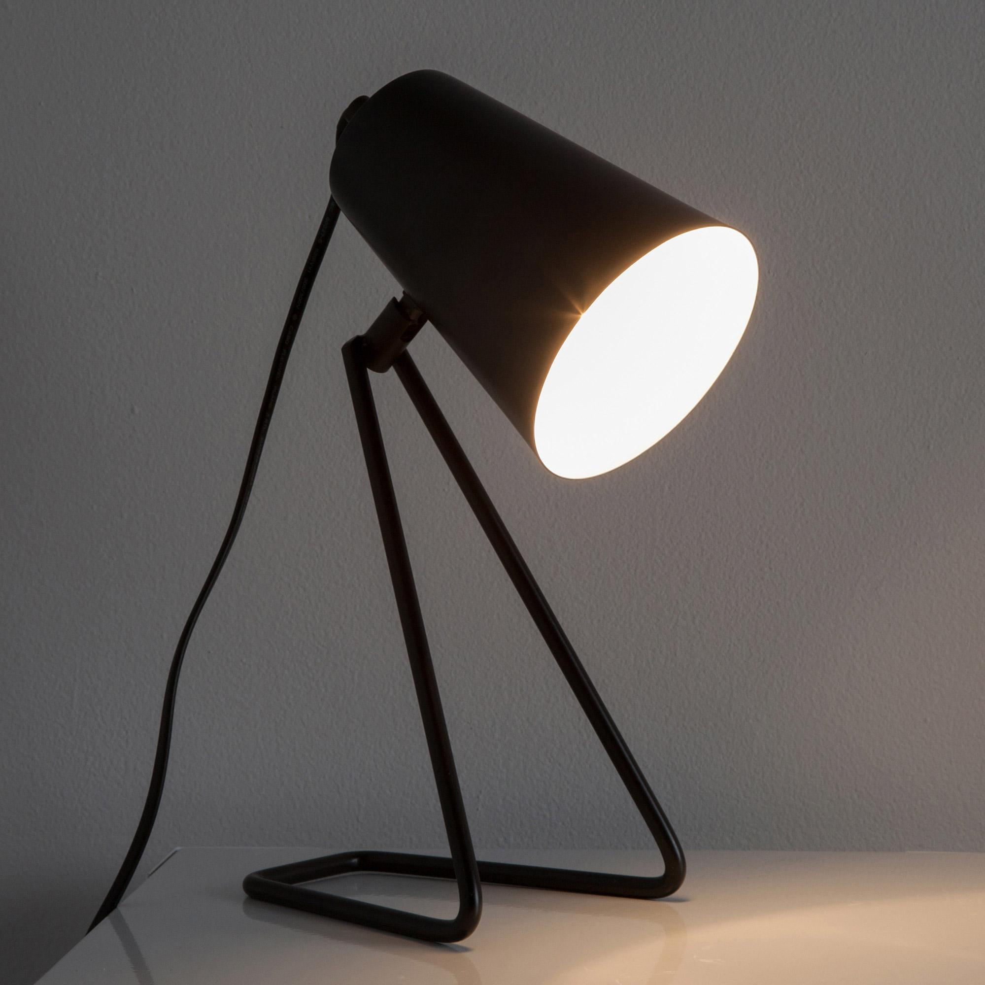 Lampe, design, métal noir, INSPIRE Moeta