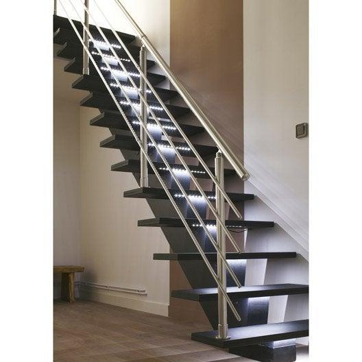 Escalier droit gomera structure m dium mdf marche m dium mdf leroy merlin - Escalier escamotable de grenier leroy merlin ...