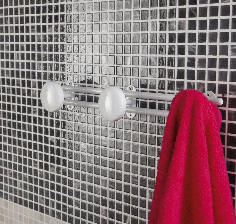 une pat re pratique pour la salle de bains leroy merlin. Black Bedroom Furniture Sets. Home Design Ideas