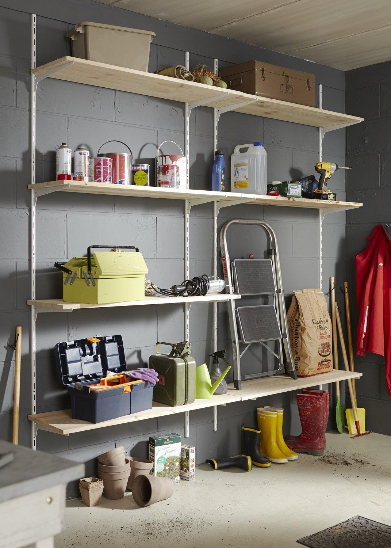Comment Aménager Son Cellier aménager des étagères dans le garage | leroy merlin