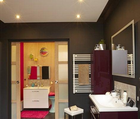 Salle de bain sans fenetre humidit elegant decoration for Vmc pour salle de bain sans fenetre