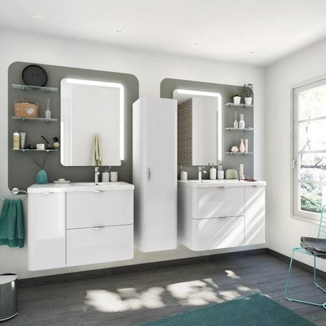 Une double vasque avec ses miroirs lumineux
