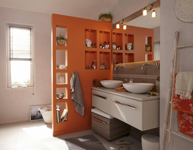 un mur de s paration pour pr server l 39 intimit leroy merlin. Black Bedroom Furniture Sets. Home Design Ideas