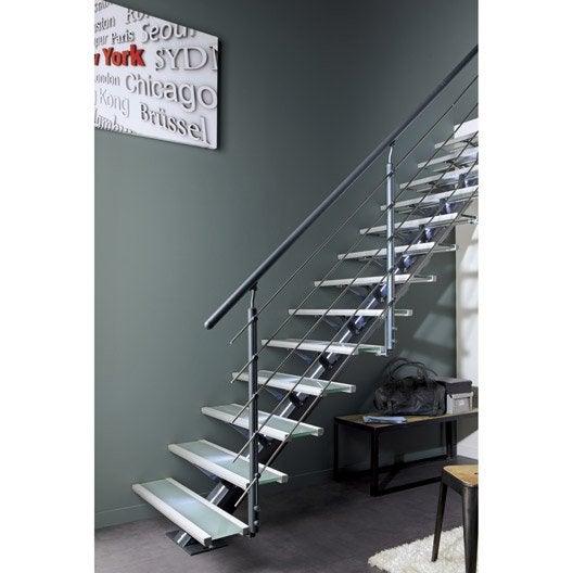 escalier droit mona structure aluminium marche verre. Black Bedroom Furniture Sets. Home Design Ideas