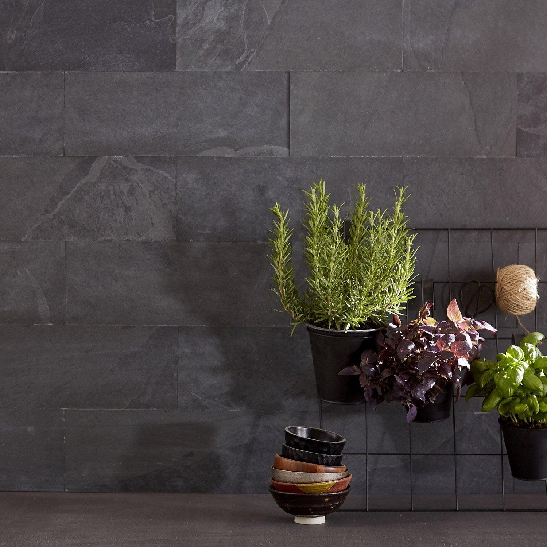 plaquette de parement pierre naturelle noir baya with parement douche pierre. Black Bedroom Furniture Sets. Home Design Ideas
