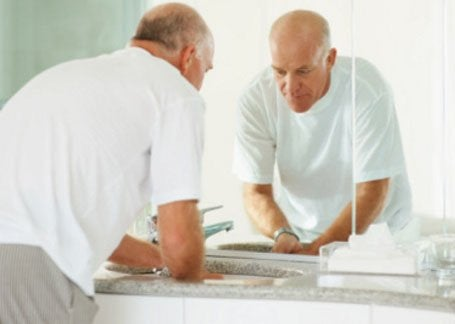 personnes âgées : reconfigurer la salle de bains | leroy merlin - Salle De Bain Personnes Agees