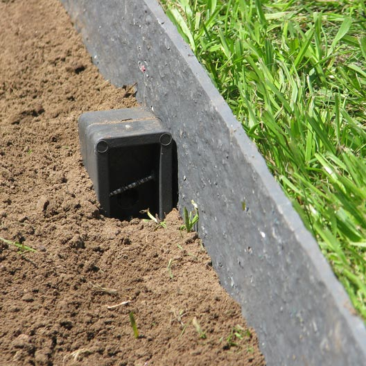 Bordure de jardin bois b ton plastique pierre acier for Bordure ecolat