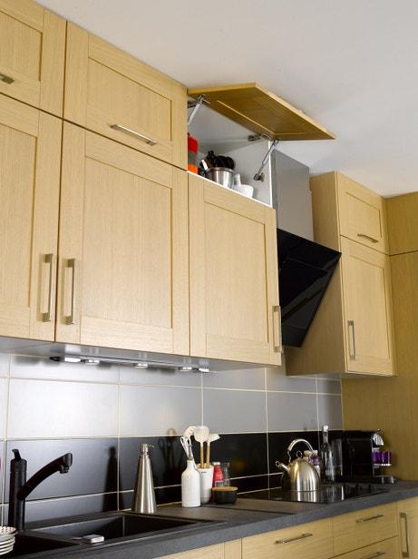 Le moindre espace est optimisé avec les placards en hauteur