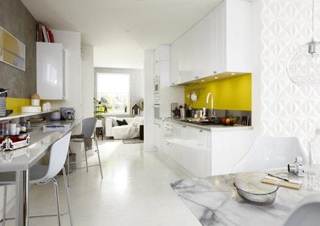 Une cuisine bien organisée pour vivre confortablement