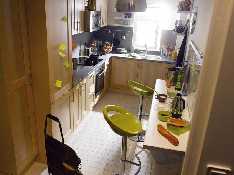 une petite cuisine astucieuse leroy merlin. Black Bedroom Furniture Sets. Home Design Ideas