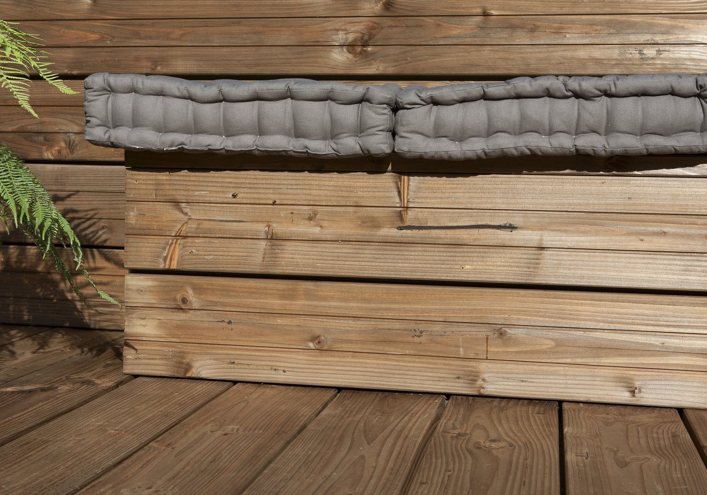 du bois au sol du bois au mur du bois partout leroy merlin. Black Bedroom Furniture Sets. Home Design Ideas