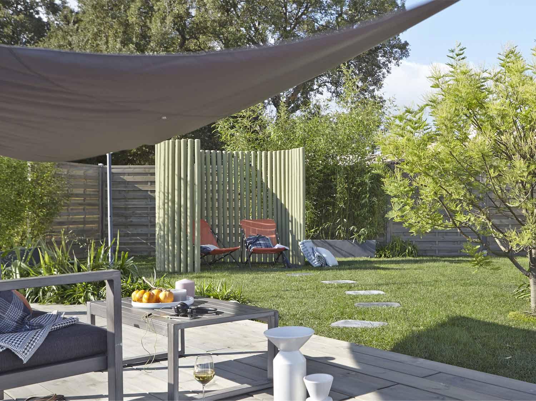 Parasol tonnelle et voile d 39 ombrage leroy merlin - Cloturer son jardin ...