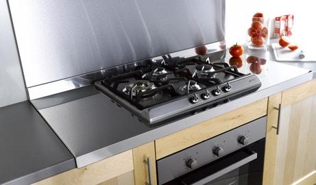 Un plan de travail en inox pour réussir votre cuisine