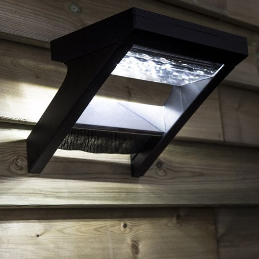 Eclairage solaire leroy merlin for Lampe exterieur facade
