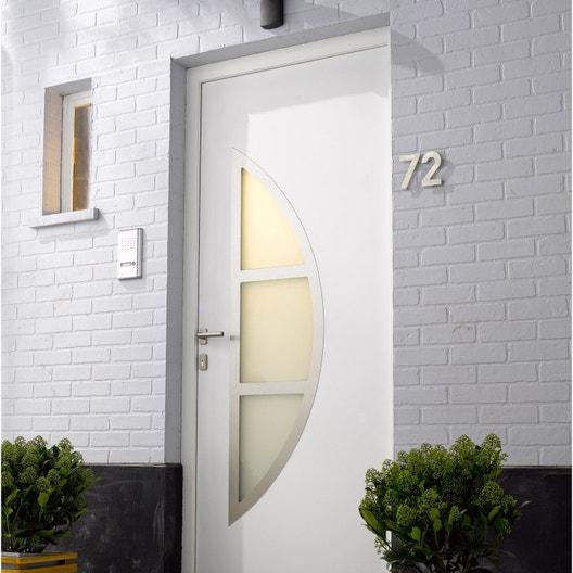 remplacement d 39 une porte d 39 entr e leroy merlin. Black Bedroom Furniture Sets. Home Design Ideas