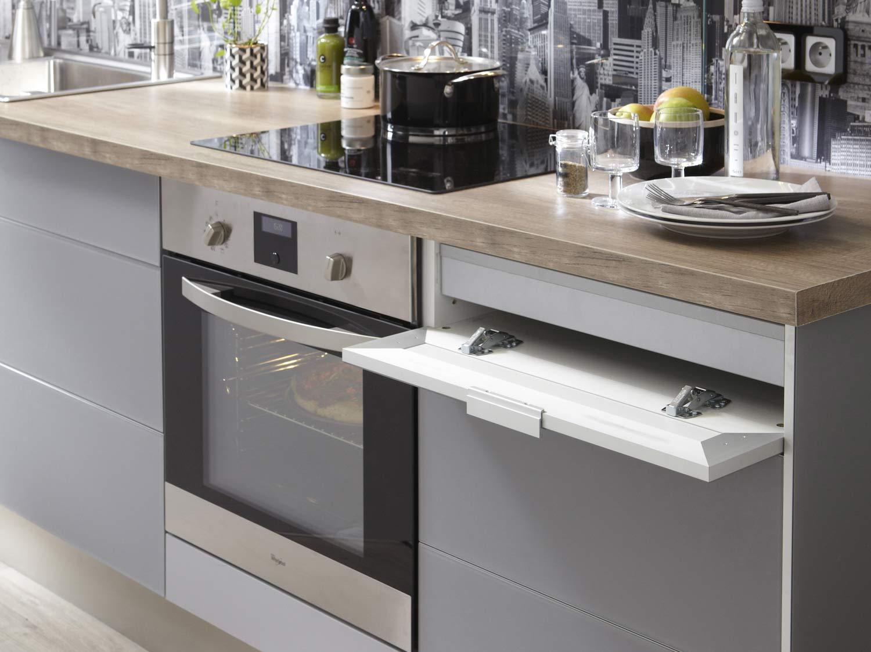 Votre cuisine en gris et blanc