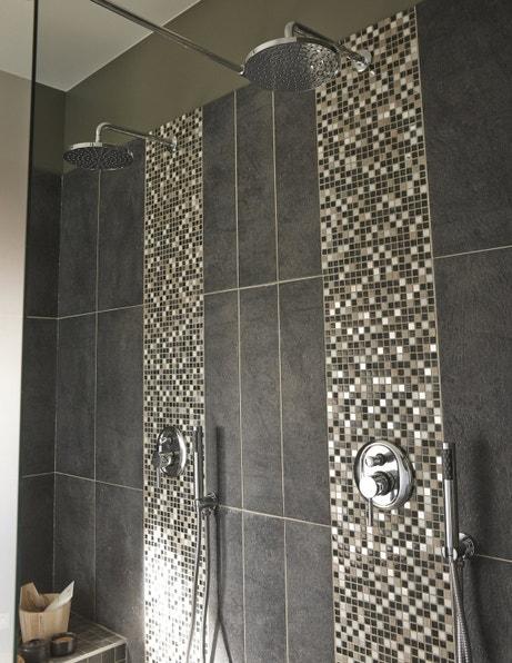 Grande douche à l'italienne version mosaïque