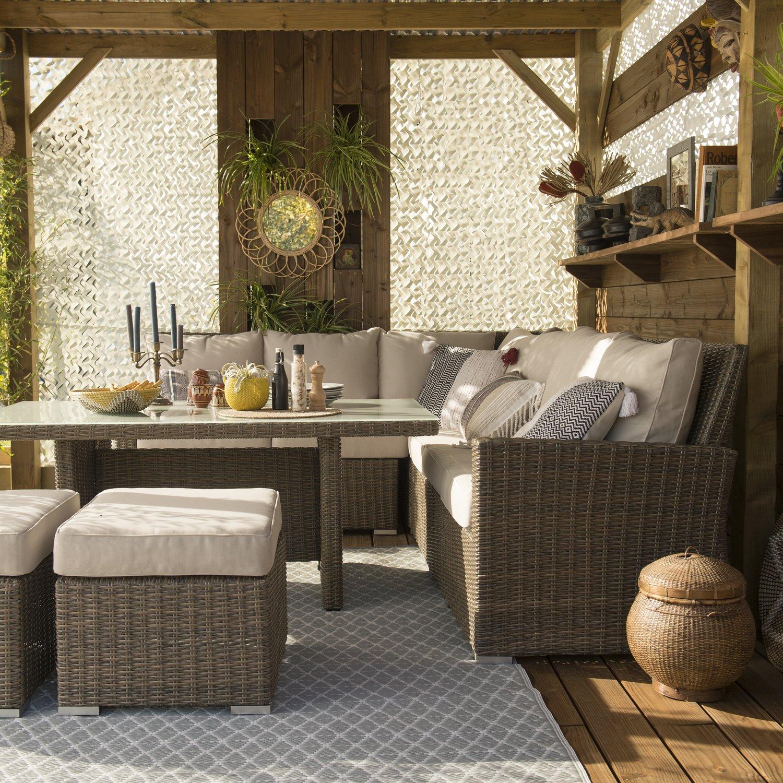 Une terrasse couverte pleine de charme | Leroy Merlin