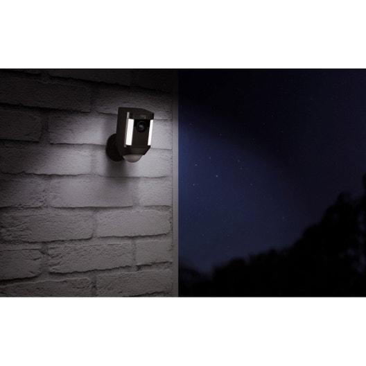 cam ra connect e ext rieure spotlight batterie ring leroy merlin. Black Bedroom Furniture Sets. Home Design Ideas