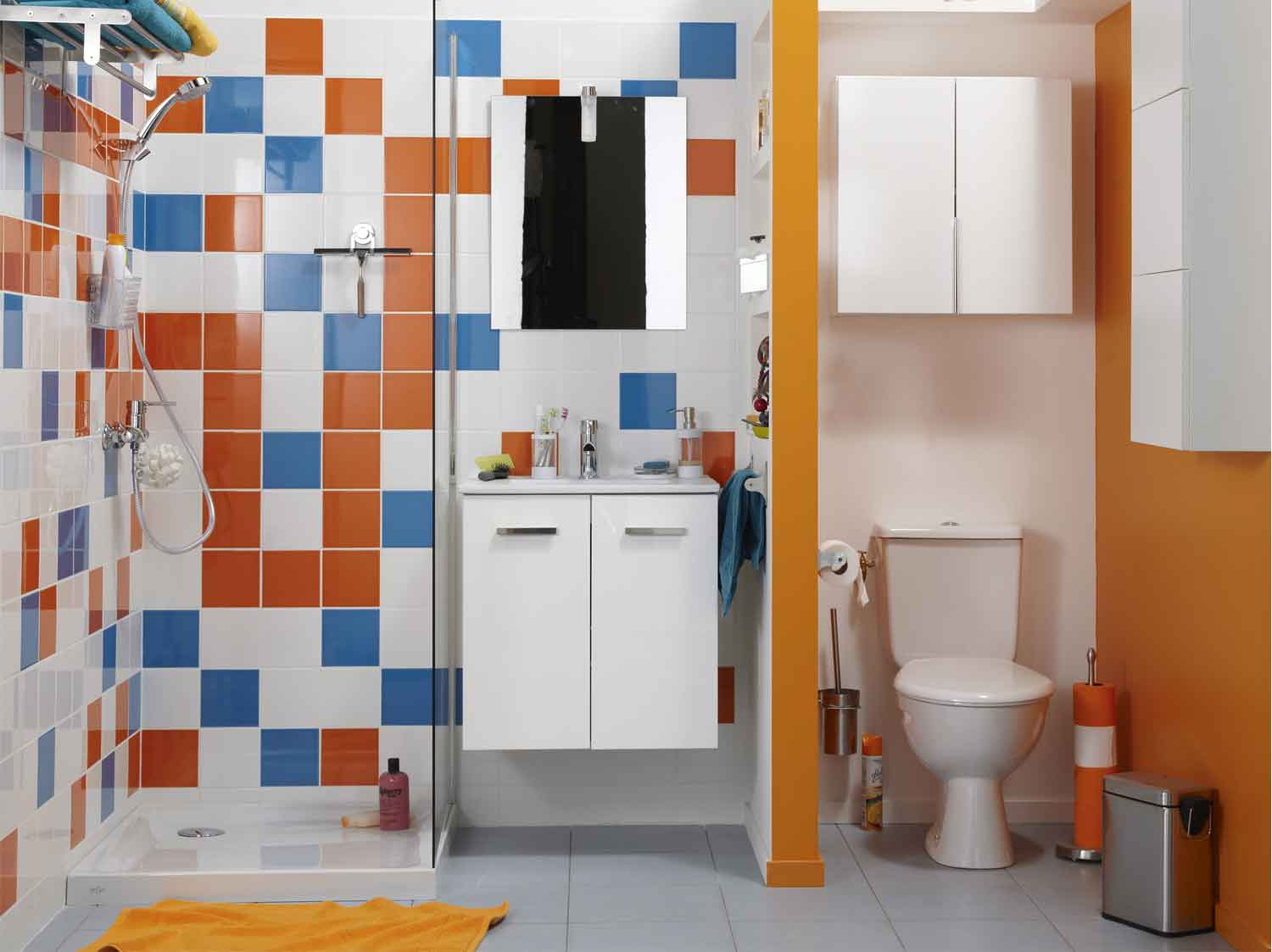 Deco wc leroy merlin for Amenager une salle de bain de 9m2
