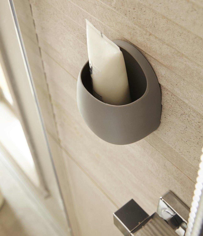 accessoires de salle de bain poser et fixer with chelle bambou leroy merlin. Black Bedroom Furniture Sets. Home Design Ideas