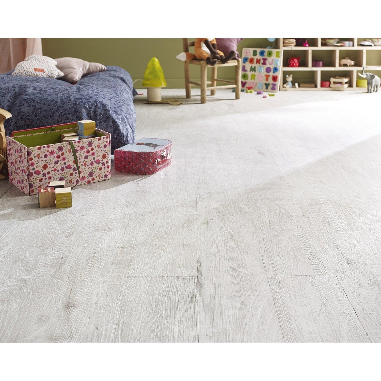 lame pvc clipsable blanc effet bois blanchi first leroy. Black Bedroom Furniture Sets. Home Design Ideas