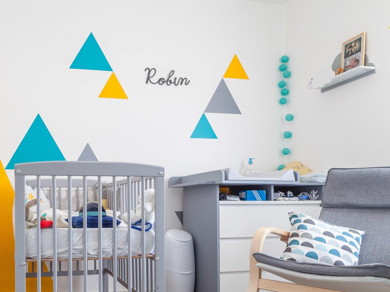 Peinture Chambre Bébé Jaune Et Gris la chambre bébé colorée chez alice et gregory à la genetouze