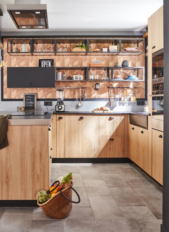 une cuisine noire et bois au look industriel leroy merlin. Black Bedroom Furniture Sets. Home Design Ideas