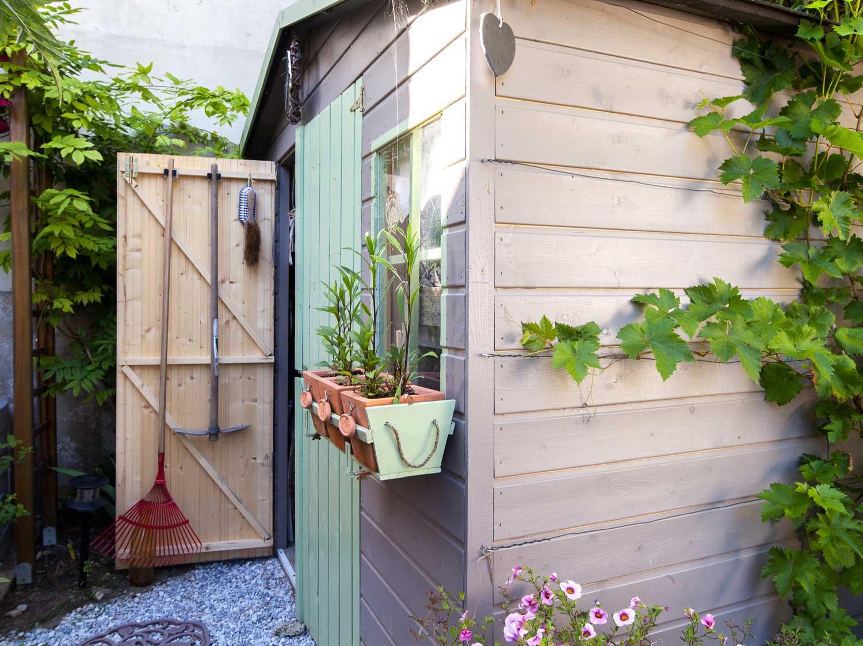 Abri de jardin cabane et chalet de jardin leroy merlin - Abri de jardin en resine leroy merlin ...