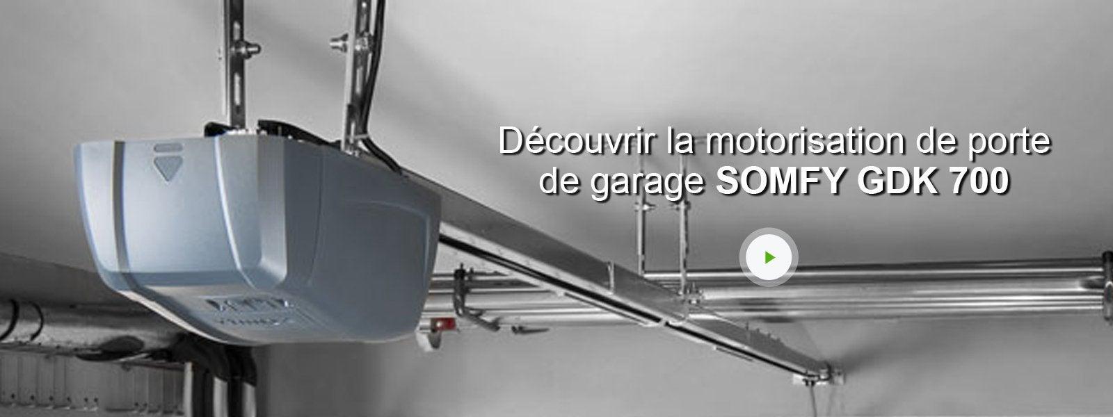 Motorisation de garage connect courroie somfy gdk 700 for Meilleur marque motorisation porte de garage