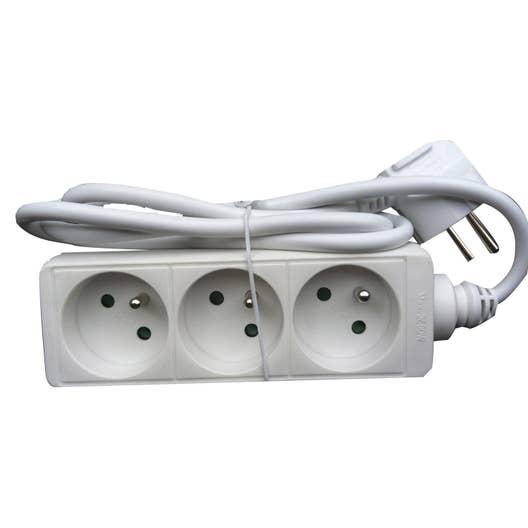 multiprise filaire 3 prises blanc leroy merlin. Black Bedroom Furniture Sets. Home Design Ideas