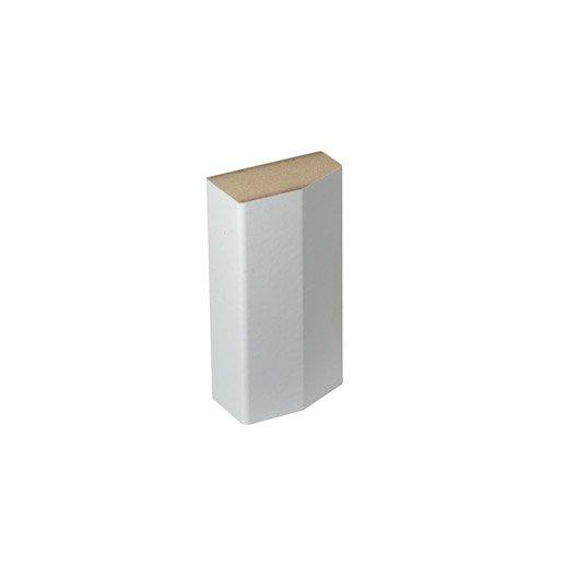 sabot de plinthe parquet et sol stratifi d cor blanc l 8 cm x x mm leroy merlin. Black Bedroom Furniture Sets. Home Design Ideas