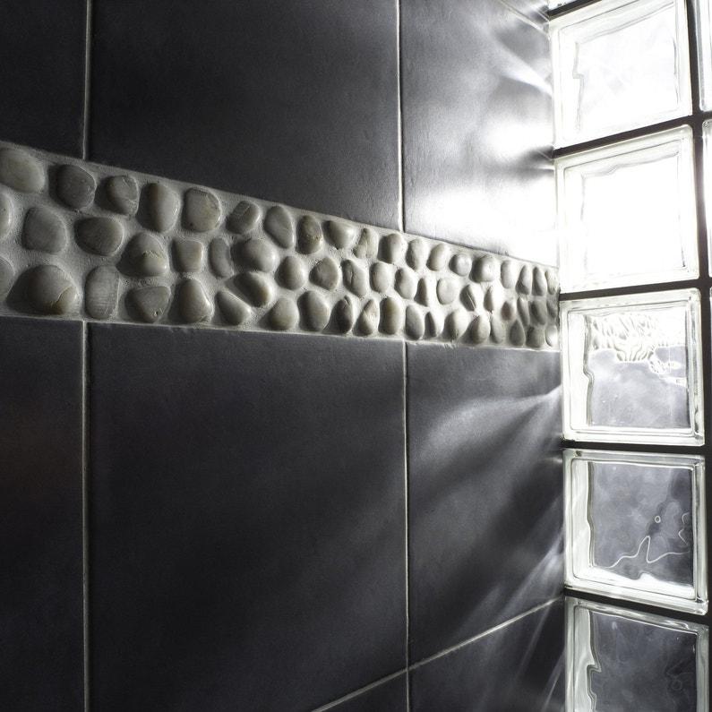Des briques de verre pour laisser entre la lumi re dans votre douche leroy - Lumiere pour douche italienne ...